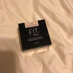 maybelline fit me powder in fair light 10